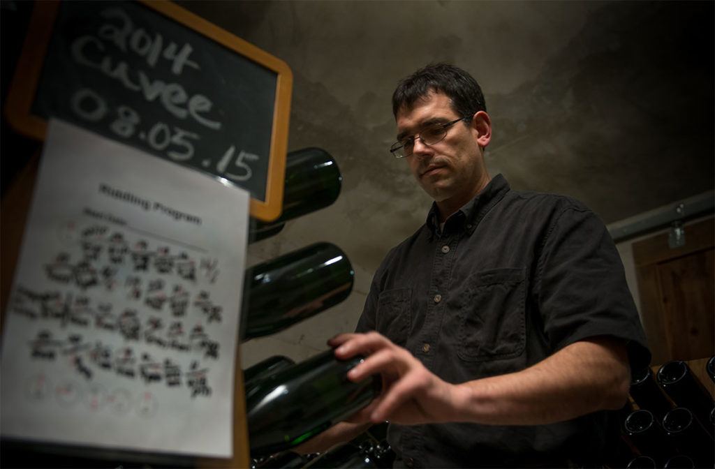 Mark riddling sparkling wine